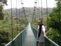 Met onze hoofd in de wolken over de hangbruggen van het nevelwoud van Monteverde