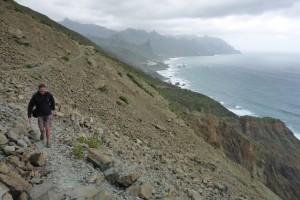 Steile hellingen en los gesteente vragen om stalen zenuwen.