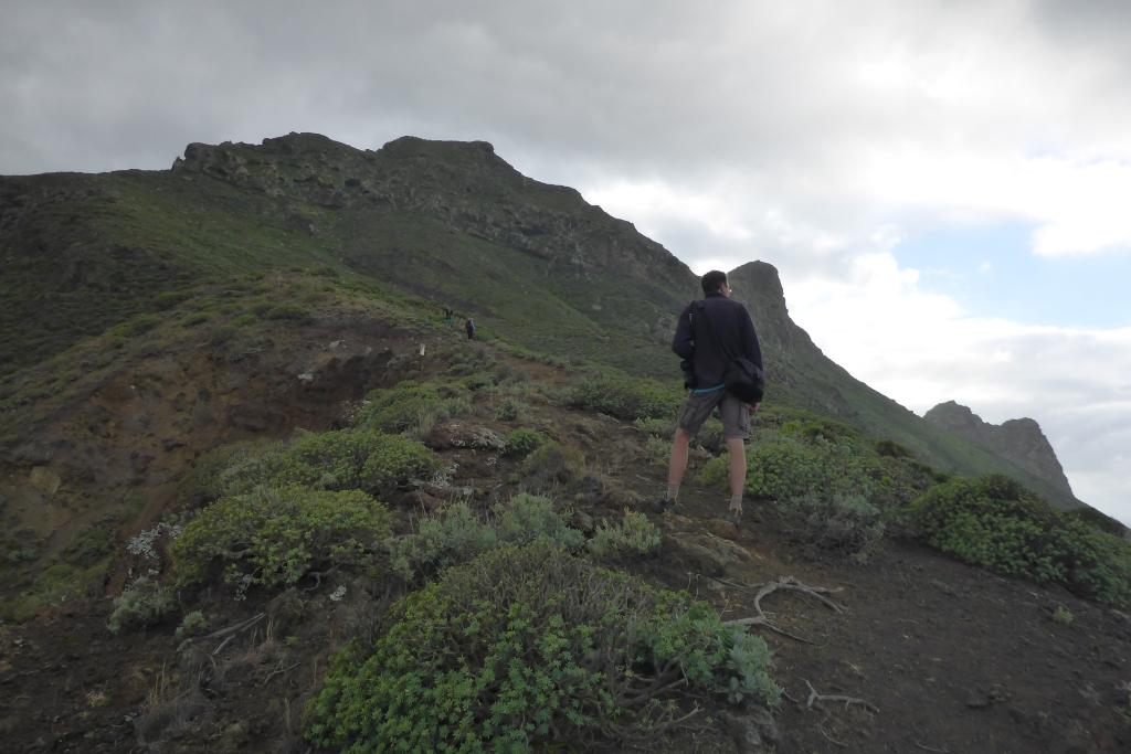 Nog maar het begin van het steile bergpad over de Montaña Fajada