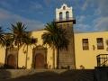 Het gouden uurtje verfraait het voormalig Fransiscanen klooster in het centrum van Garachico