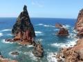De Pedra Furada is een ware publiekstrekker aan de grillige noordkust van het schiereiland.