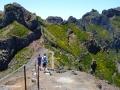 Pico do Arieiro: afdaling naar de Miradouro Ninho da Manta (het Buizerdnest)