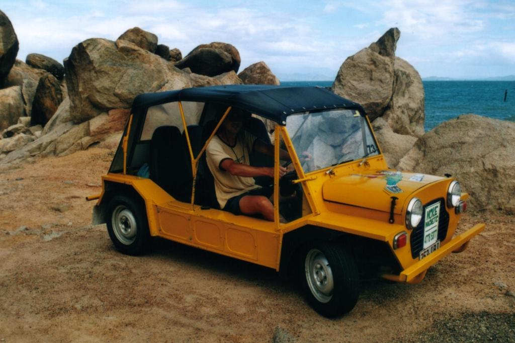 We huren deze Moke om ermee over Magnetic Island te rijden.