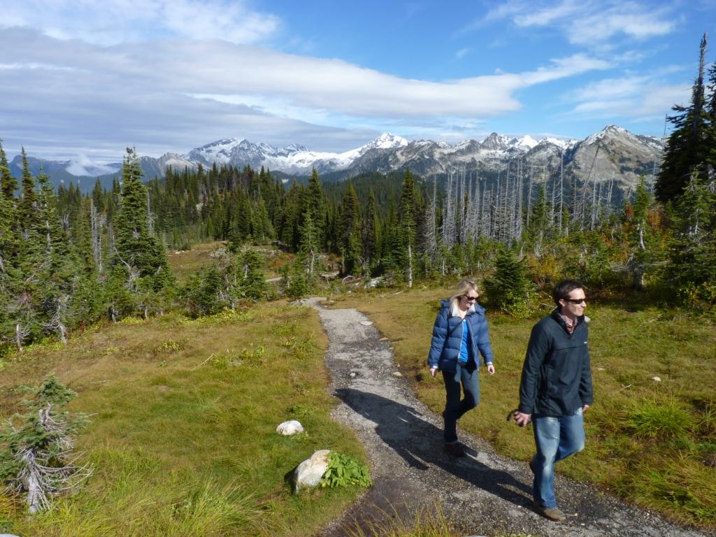 De mooie vergezichten over de besneeuwde bergtoppen van Mt Revelstoke NP, maken woorden overbodig.