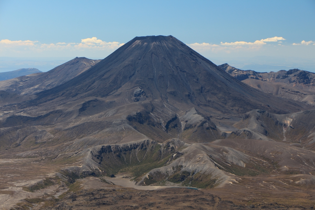 Mount Ngauruhoe a.k.a. Mount Doom in Lord of the Rings. Uitzicht vanaf Mount Ruapehu.